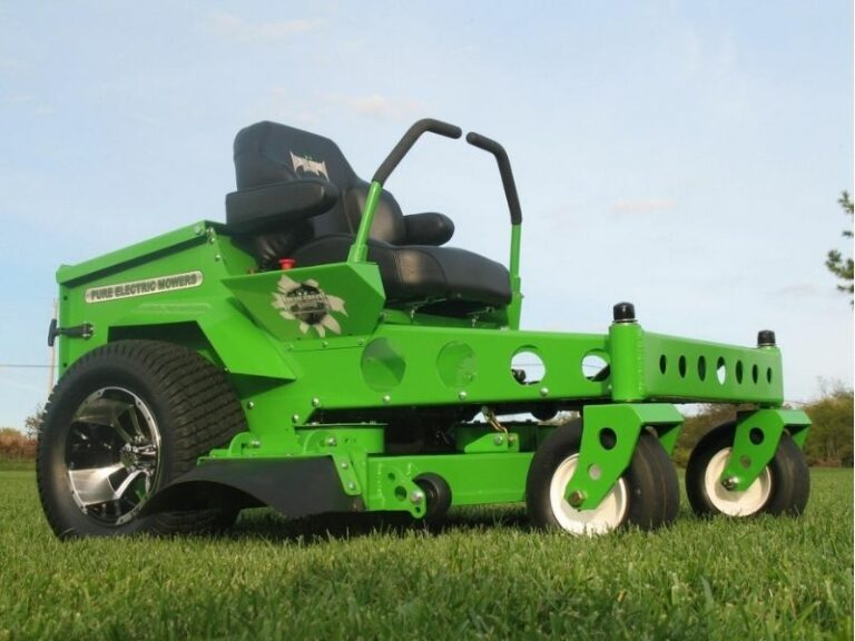 Residential and Commercial mowing services by Eco-Lectric of Bradenton, a Lawn care and Landscape maintenance company.